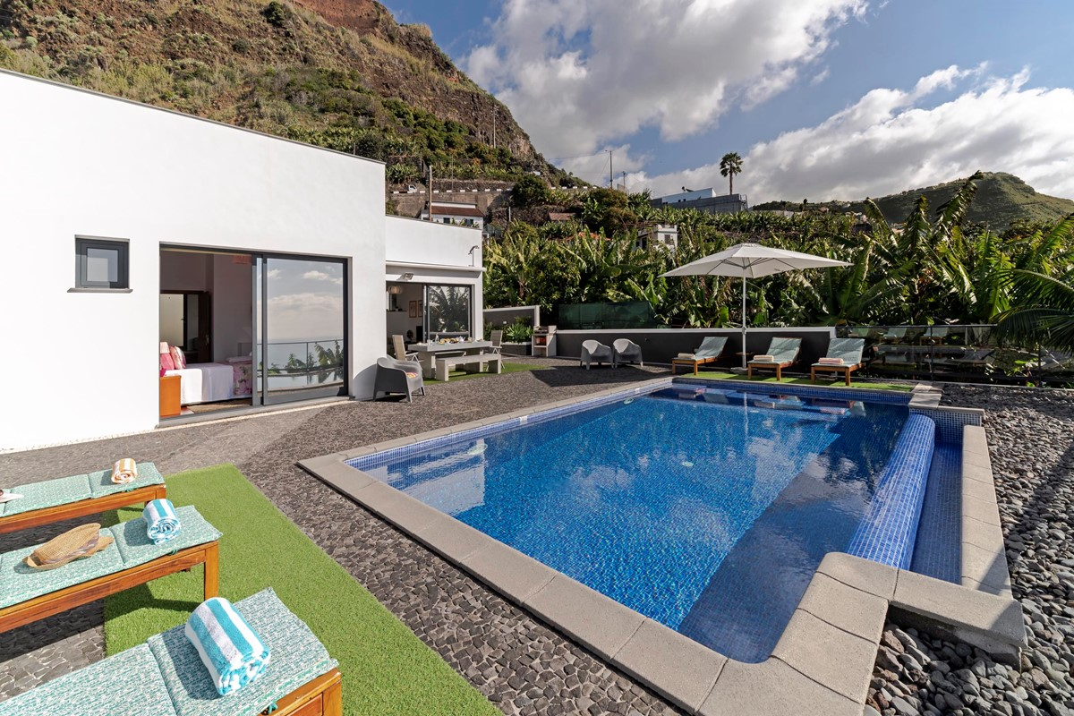 3 Our Madeira Graycis House Pool