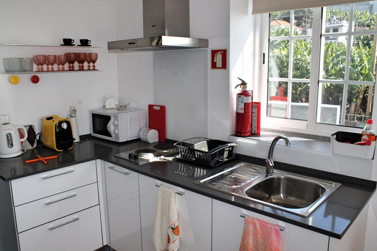 20 Our Madeira Graycis Apartment Kitchenette