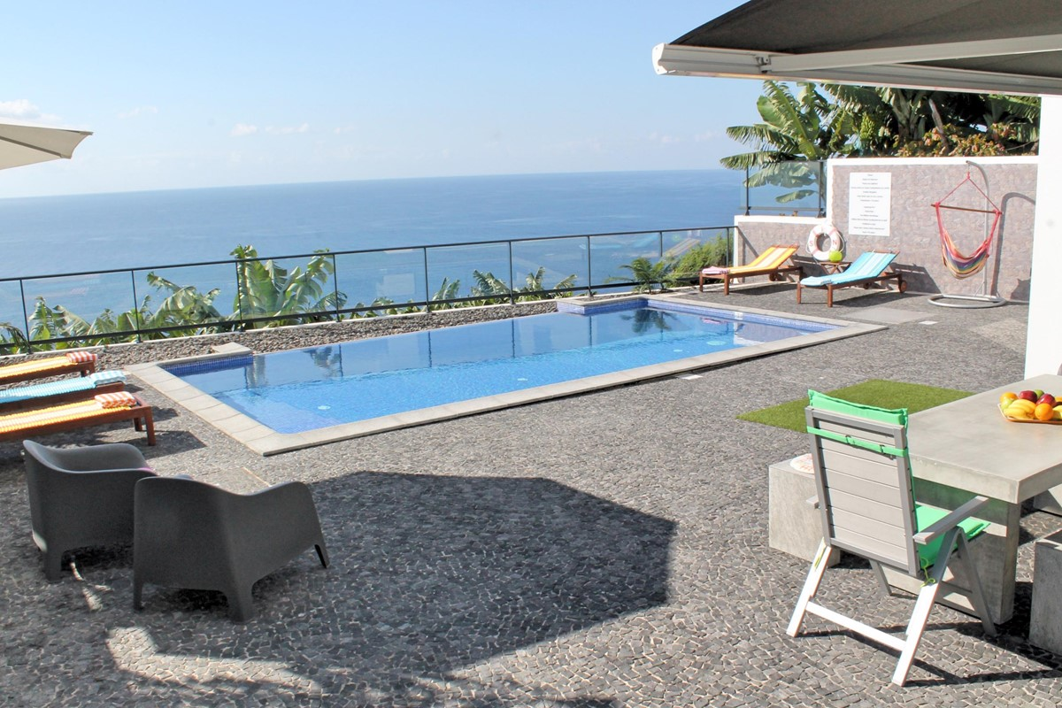 22 Our Madeira Graycis House Pool Solarium 2