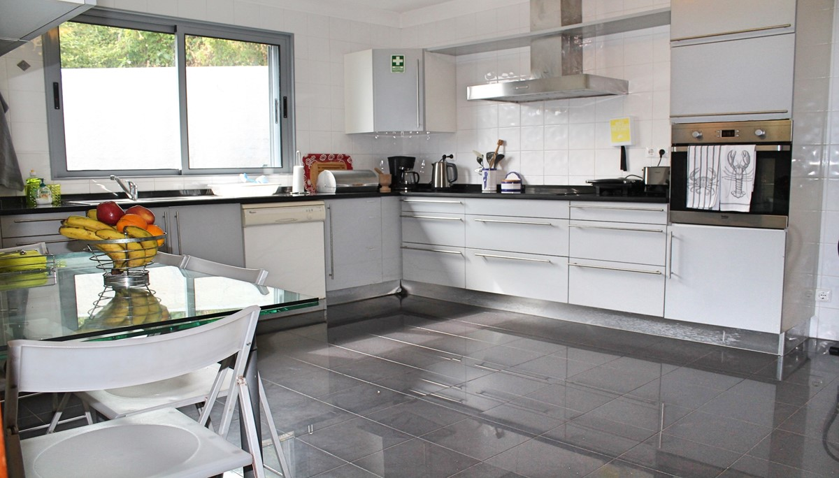 10 Our Madeira Villa Sol E Mar Kitchen 2