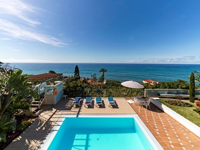 Delightful villa with infinity pool and outstanding views | Villa Do Mar III