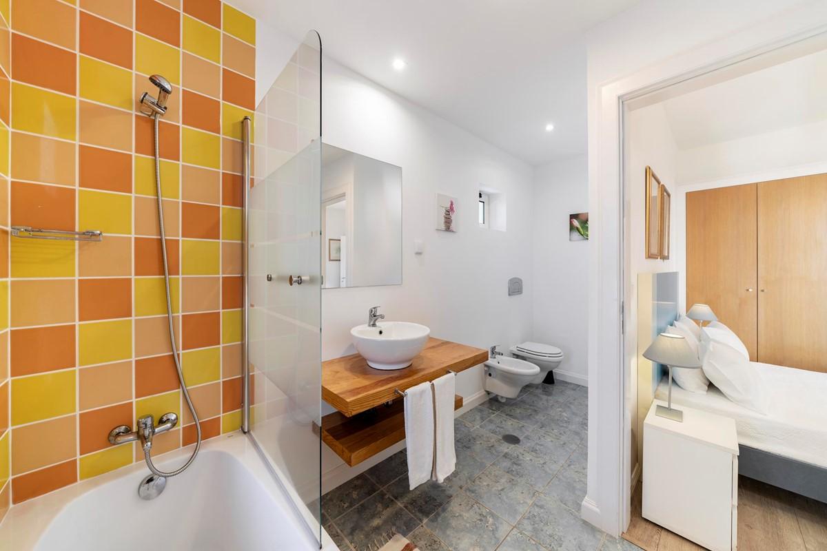 10 Our Madeira Villa Do Mar 3 Bathroom