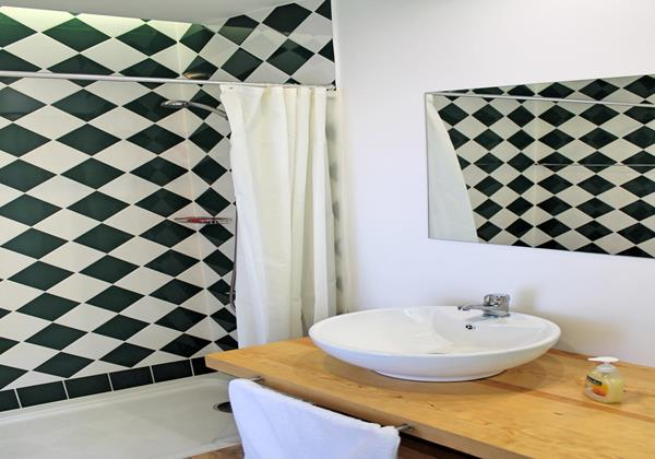 15 Our Madeira Villa Do Mar III Bathroom 1 En Suite First Floor
