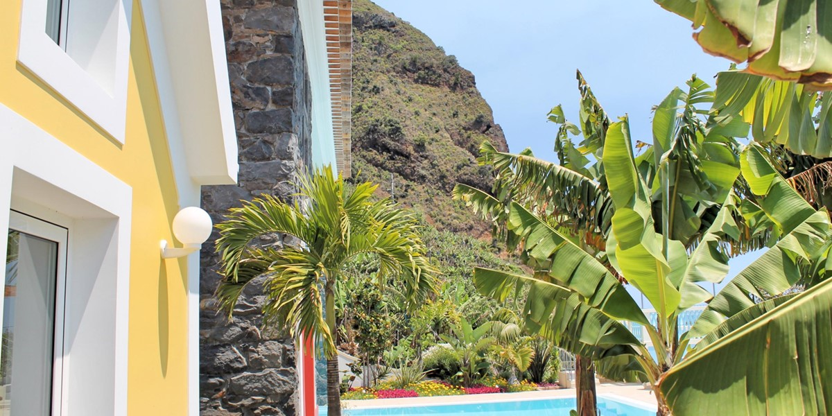 21 Our Madeira Villa Do Mar III Exterior Sideview