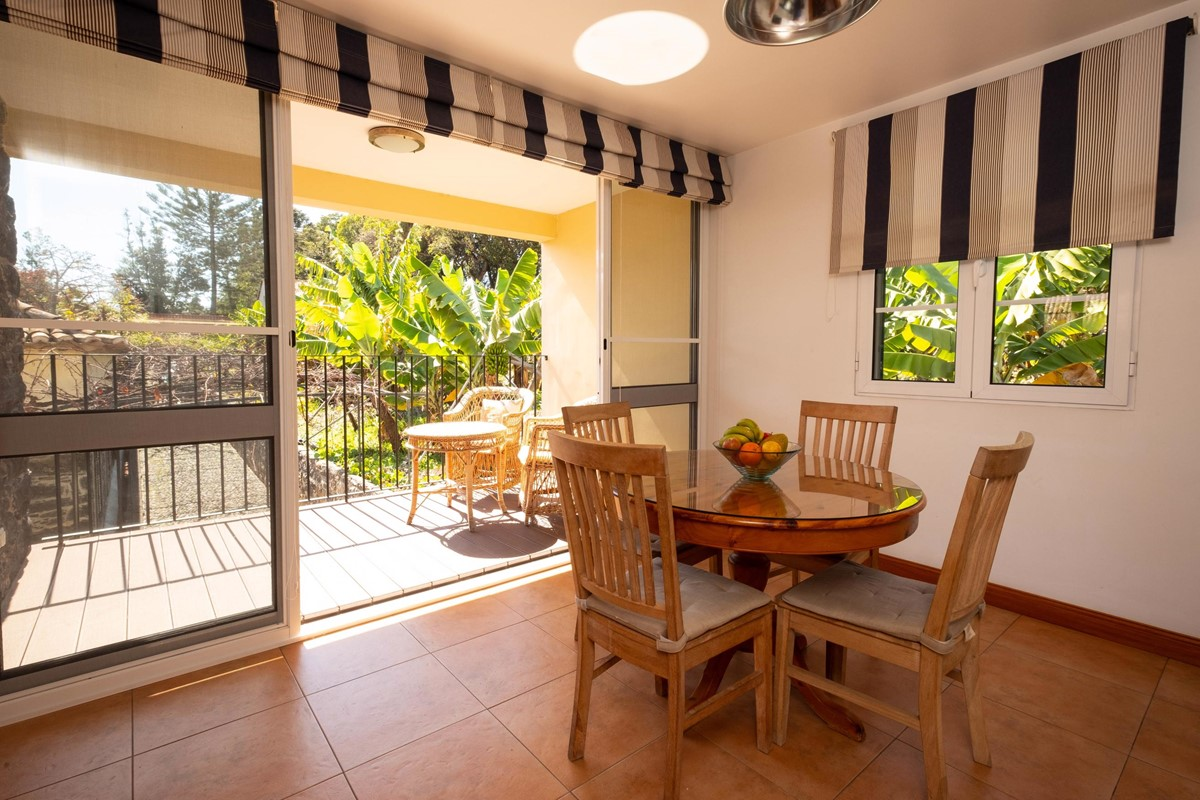 9 Our Madeira Casa Do Feitor Kitchen And Balcony