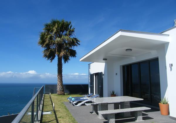 5 Our Madeira Villa Oceano Terrace With Dining Area And 180 Seaview
