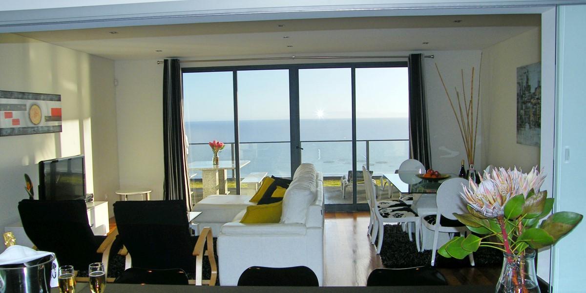 9 Our Madeira Villa Oceano Living Room Dining Area
