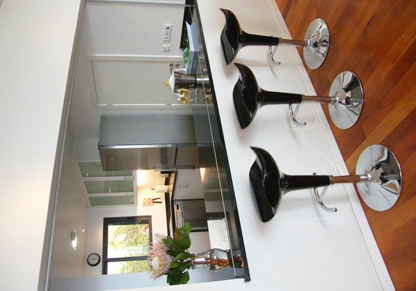 11 Our Madeira Villa Oceano Open Plan Kitchen With Breakfast Bar