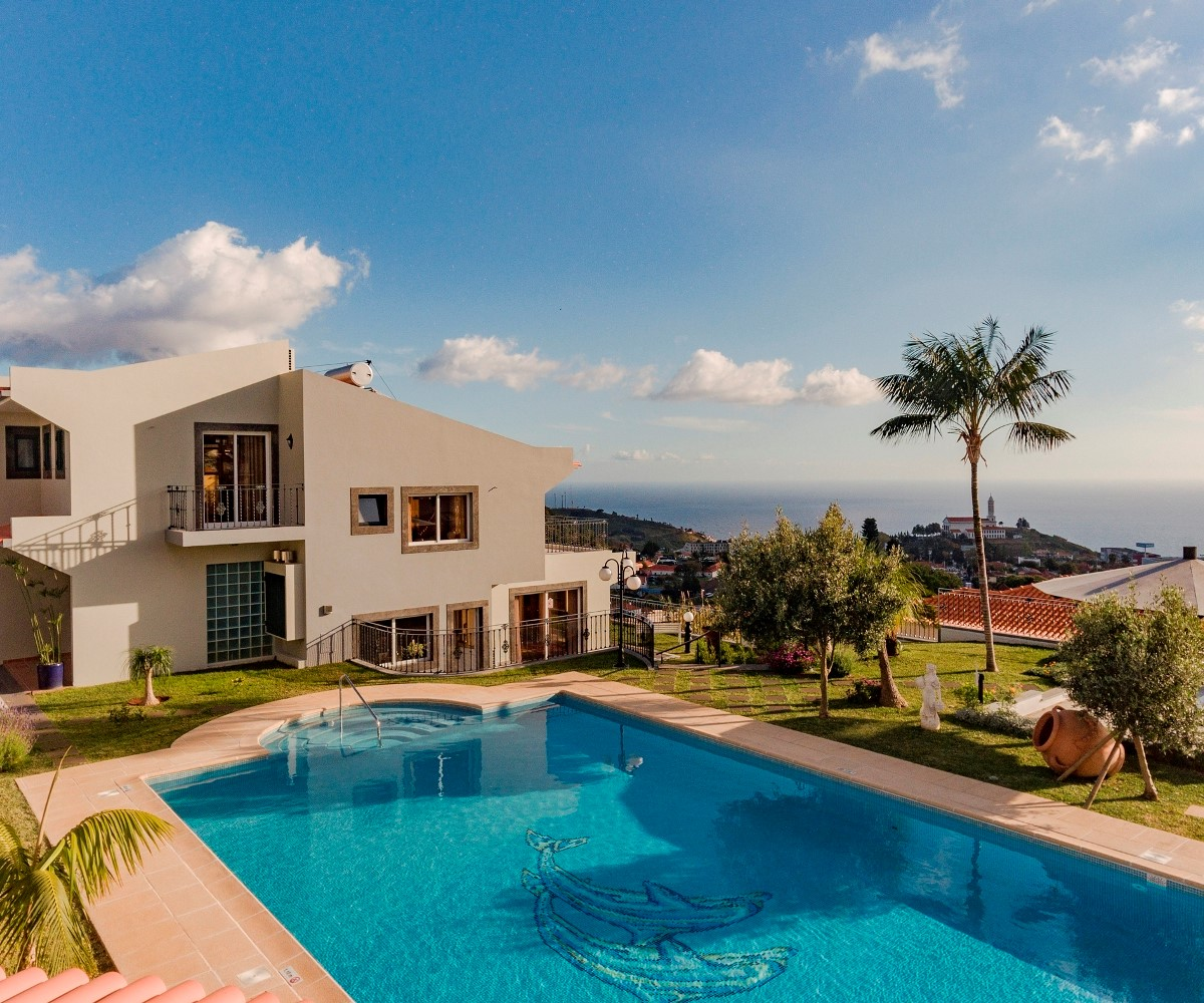 1 Our Madeira Belair House And View