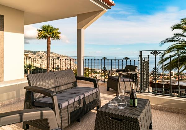 19 Our Madeira Villas in Madeira with View over Funchal - Belair