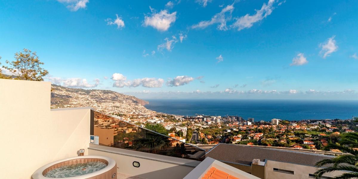 20 Our Madeira Belair Jacuzzi