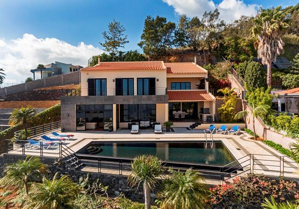 Our Madeira - Villas in Madeira for 12 - Villa Luz