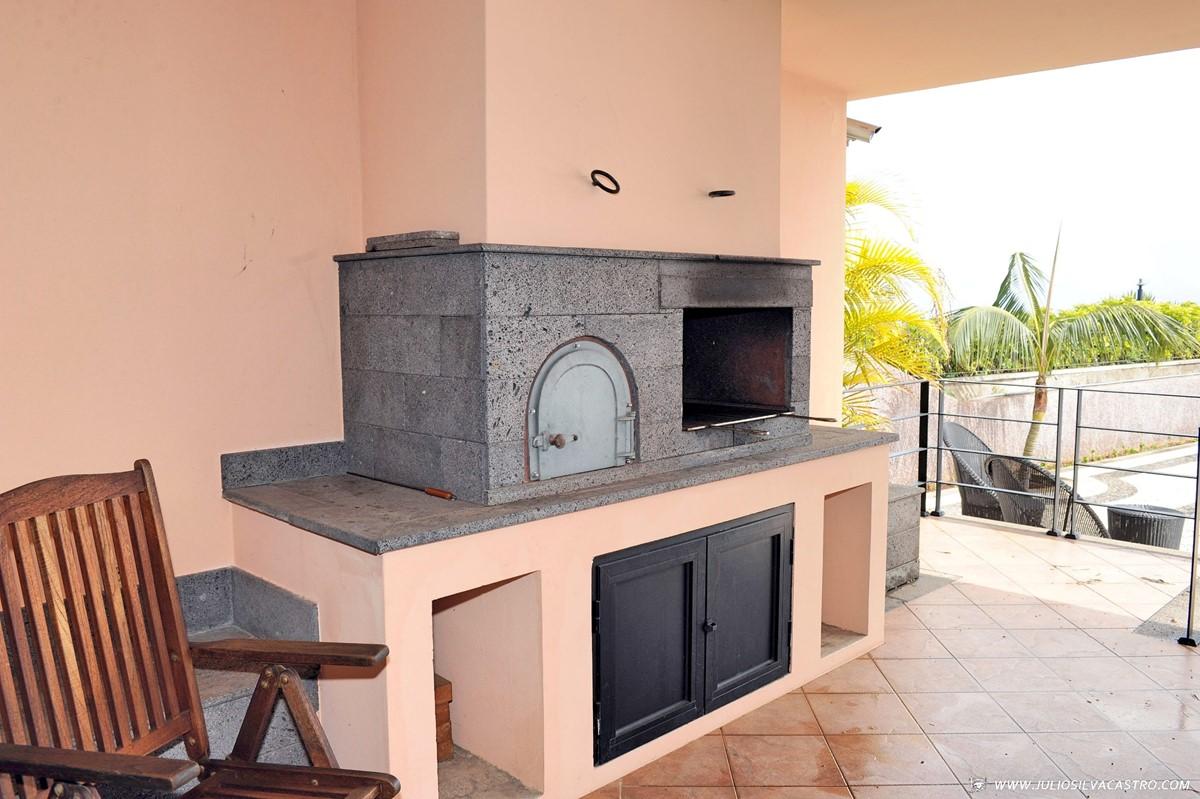 13 Our Madeira Villa Luz Barbecue