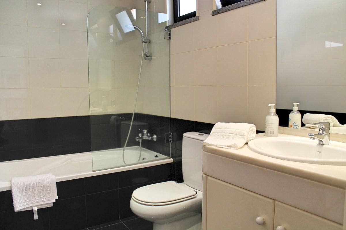 20 Our Madeira Villa Luz Bathroom Family