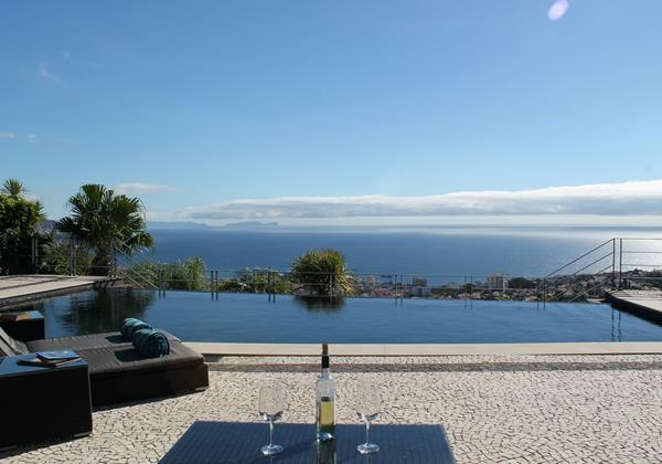 Our Madeira - Villas in Madeira with Heated Pool - Villa Luz Pool