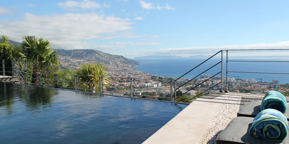 25 Our Madeira Villa Luz Pool And View 13