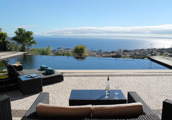 Our Madeira - Villas in Madeira with Seaview - Villa Luz Pool And View