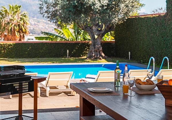 4 Our Madeira Stylehouse Barbeque And Pool