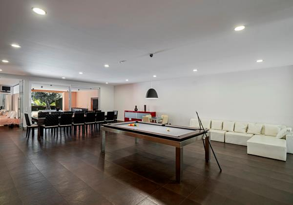 21 Our Madeira Stylehouse Games Room