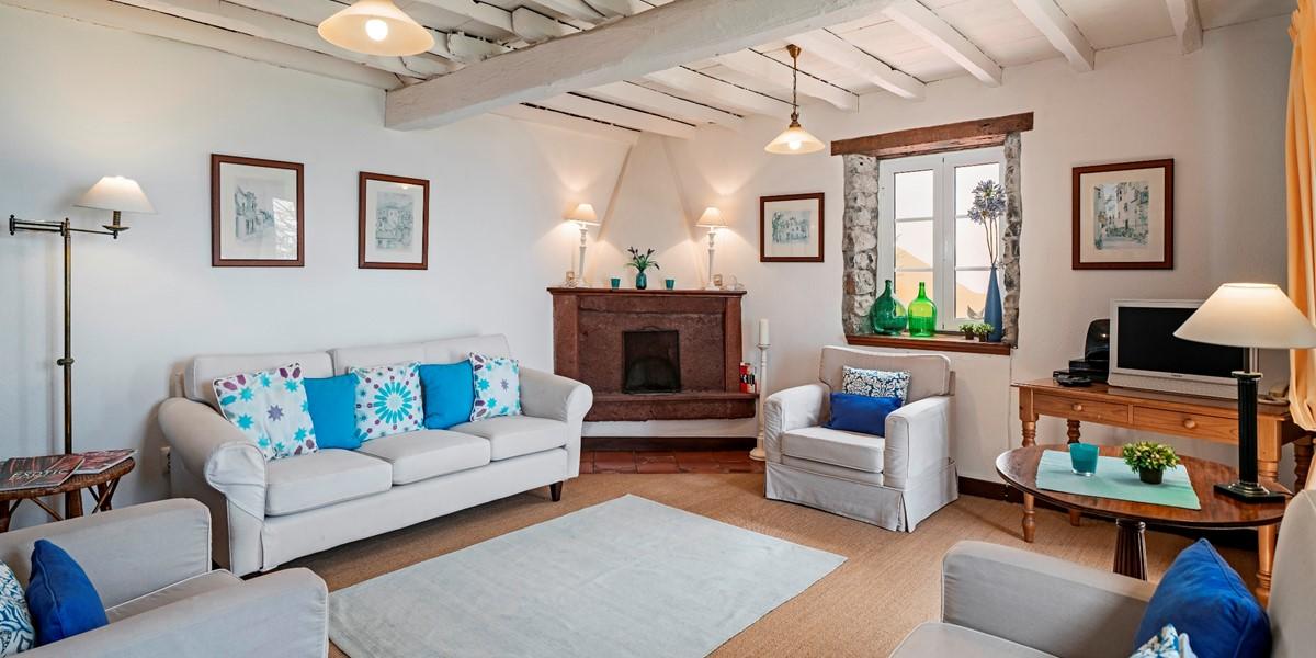 6 Our Madeira Casa Belflores Living Room