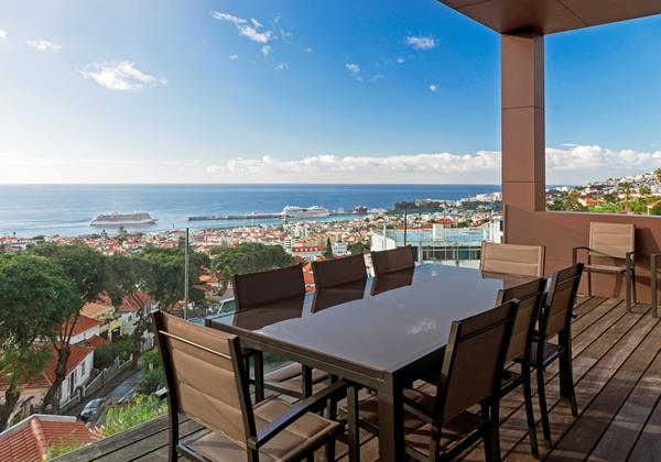 5 Our Madeira Skylounge Decking