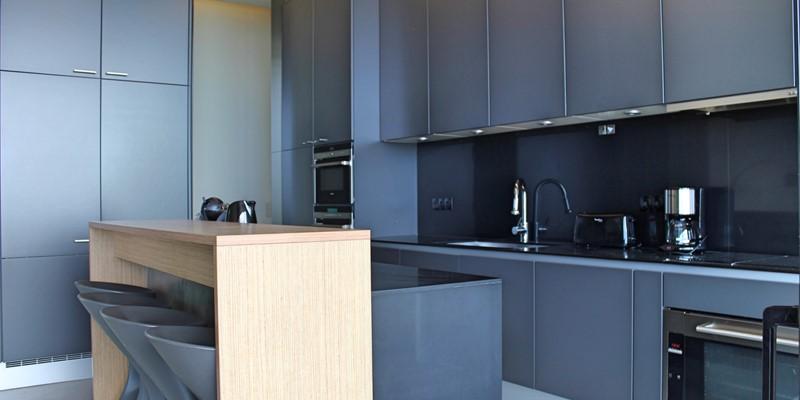 8 Our Madeira Skylounge Kitchen 3
