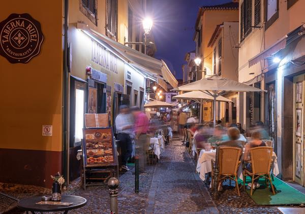 F Our Madeira Apt Taberna Exterior Restaurant