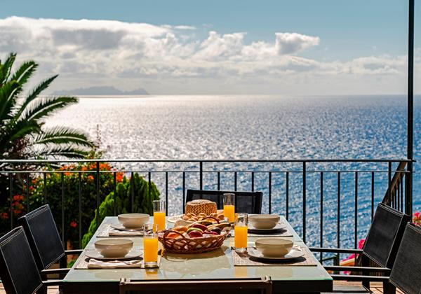 OurMadeira Villas in Madeira with Seaview - Villa Albatroz