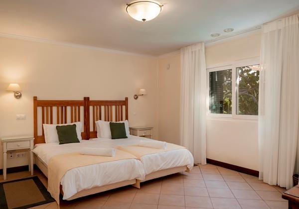 15 OurMadeira Villa Albatroz Bedroom