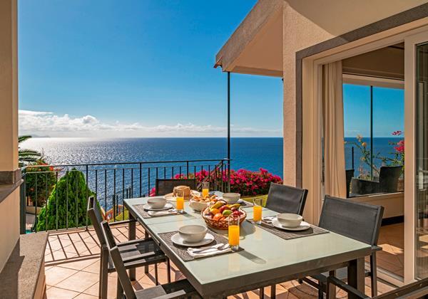 18 Our Madeira Villa Albatroz Outdoor Furniture