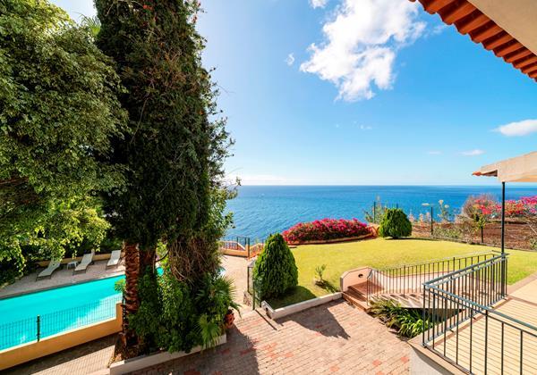 21 Our Madeira Villa Albatroz Garden