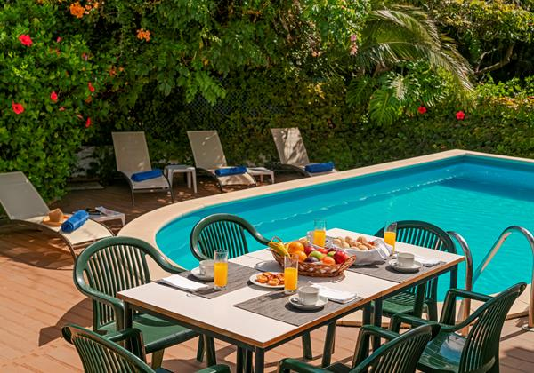 OurMadeira Villas in Madeira with Heated Pool - Villa Amelia Pool