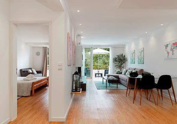 12 Our Madeira Magnolia Apartment Living Area
