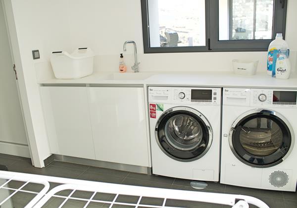 22 Ourmadeira Sesacrest Laundry