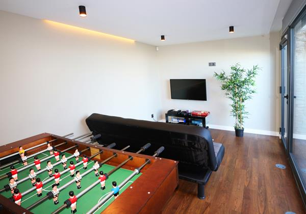 19 Our Madeira Villas In Madeira Bella Vita Games Room
