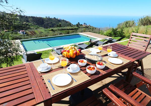 24 Our Madeira Bella Vita Villa In Madeira Outdoor Breakfast