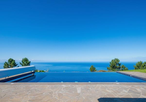 23 Our Madeira Quinta Inacia Pool And View