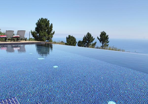 Our Madeira - Apartments in Madeira with Pool - Quinta Inacia Pool