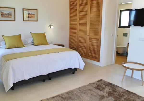 7 Ourmadeira Quinta Inacia Studio 1 Bedroom And Bathroom 2