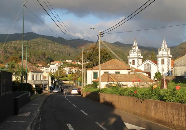 33 Ourmadeira Prazeres Village Centre
