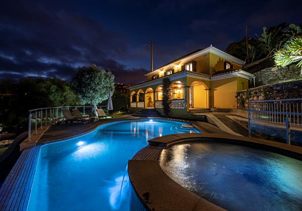 Our Madeira Villas In Madeira With Hot Tub Quinta Girassol Exterior
