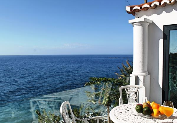 4 Our Madeira Cottage Do Mar Outdoor Dining And View