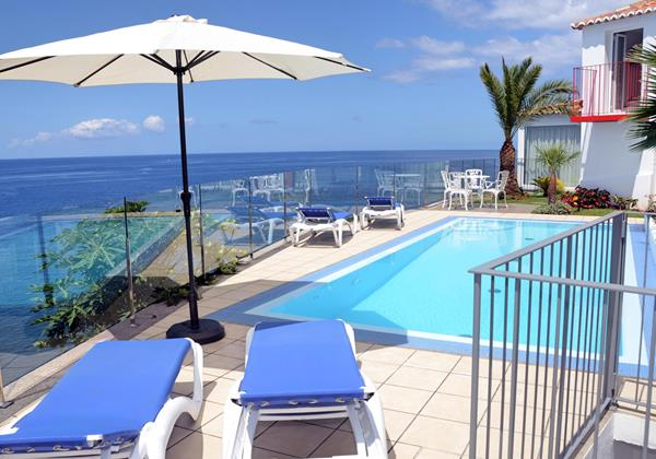 Our Madeira Villas in Madeira Villa Do Mar II Pool Terrace And Seaview