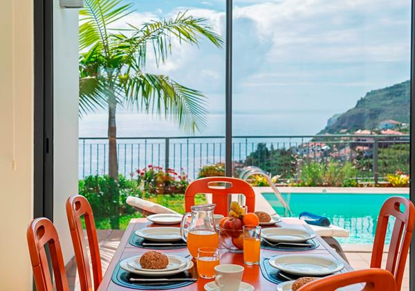 7 Our Madeira Casa Amaro Mar Dining And View