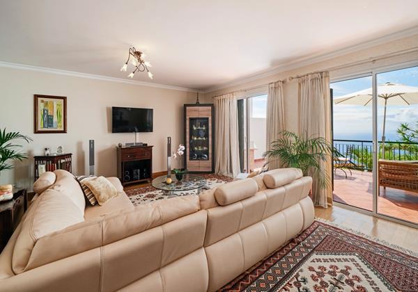 Ourmadeira Villas In Madeira Moradia Falesia Lounge