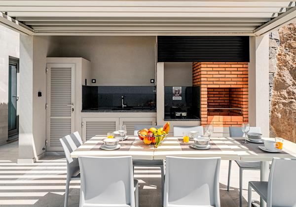 Ourmadeira Villas In Madeira Grandview Outdoor Dining and Barbecue