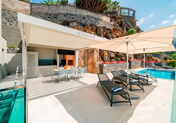 Ourmadeira Villas In Madeira Grandview Terrace And Pool