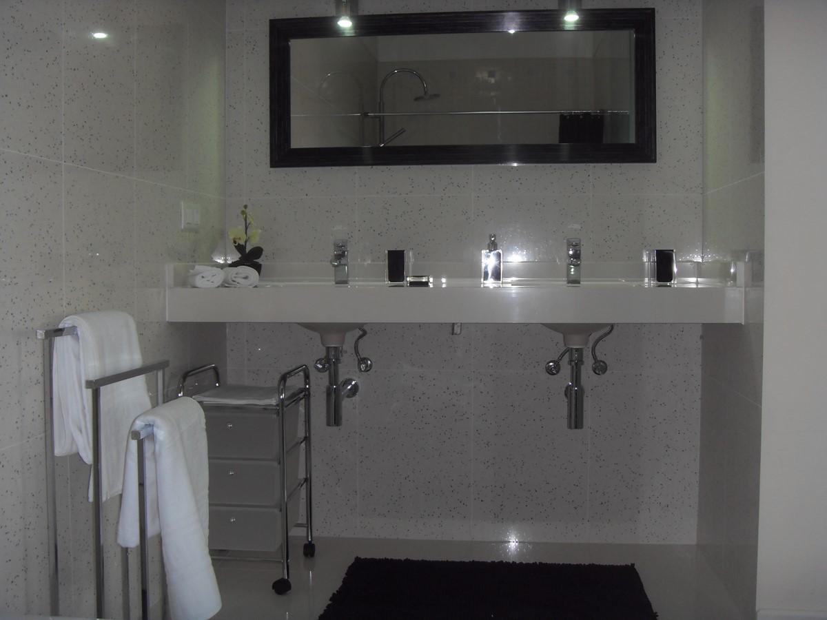 12 Casa Branca I En Suite Bathroom