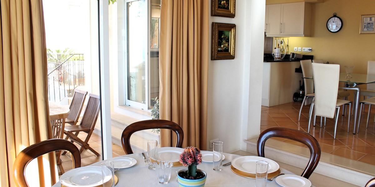 9 MHRD Casa Bela Vista Dinign And Kitchen