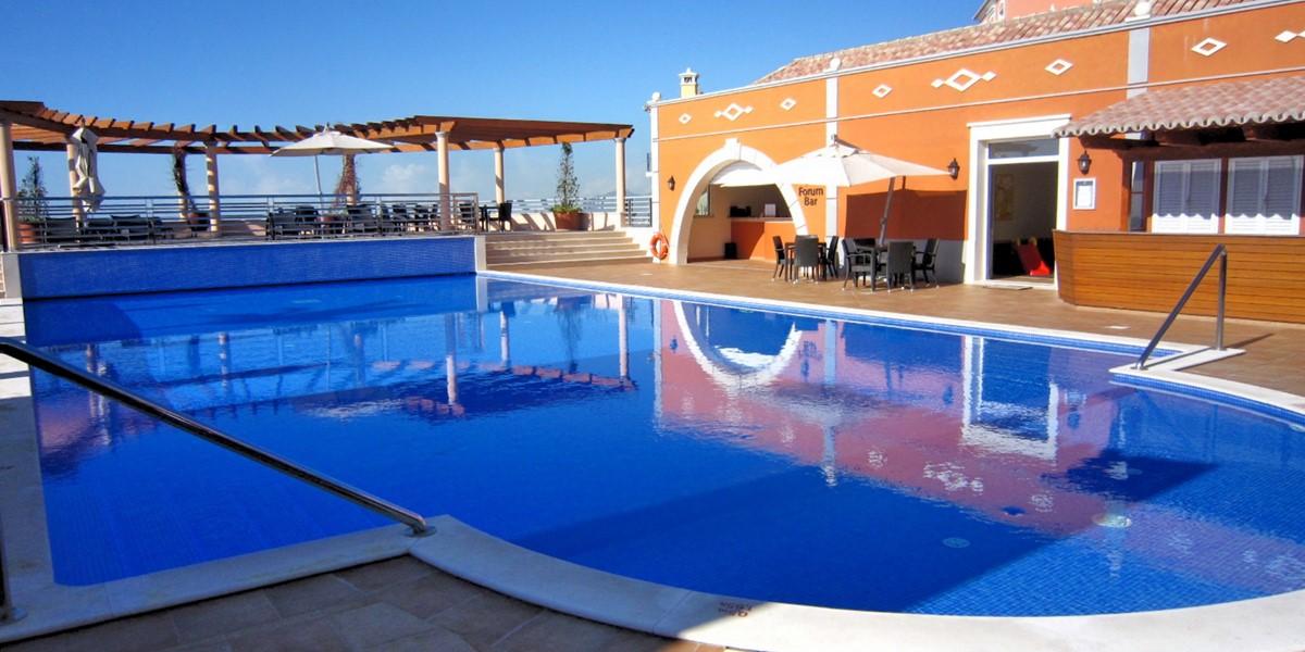 20 MHRD Casa Bela Vista Palheiro Village Pool And Bar